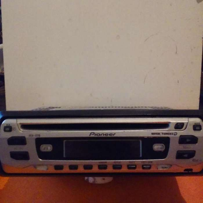 AUTO STEREO PIONNER