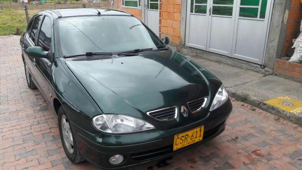 Renault Megane  2001 - 268000 km