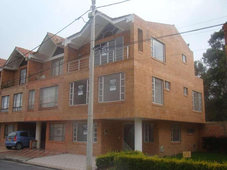 CASA EN CHIA - URBANIZACION SAN MIGUEL PORTAL DEL BOSQUE - VIA GUAYMARAL 22-00101