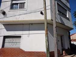 Departamento Tipo Casa en venta en Quilmes Este
