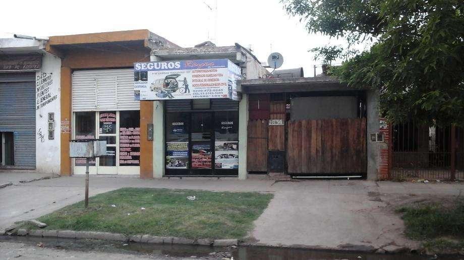 Local con Vivienda en venta en Libertad