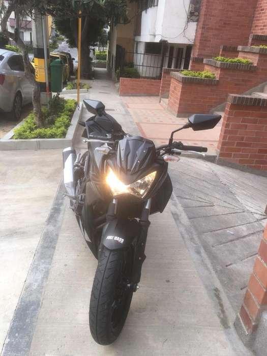 Moto Z250 Kawasaki
