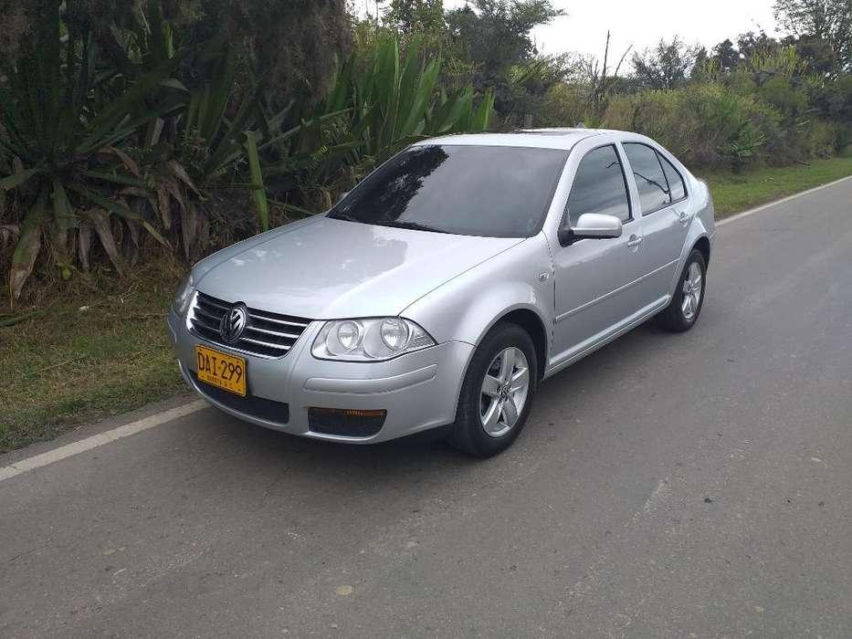 Volkswagen Jetta 2009 - 94000 km