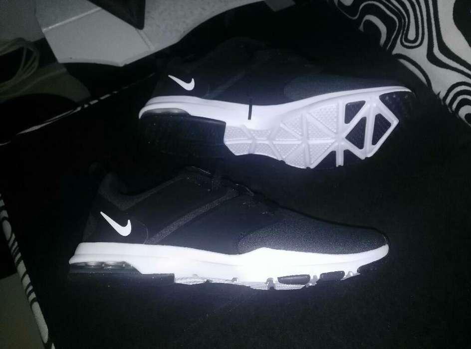 Vendo Nike Nuevas Y Guayos de 2da