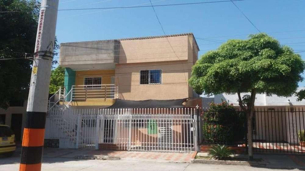 Casa de 3 Pisos 300 m²