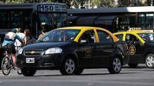 Chofer de taxi, para ambos turnos. Referencias Comprobables