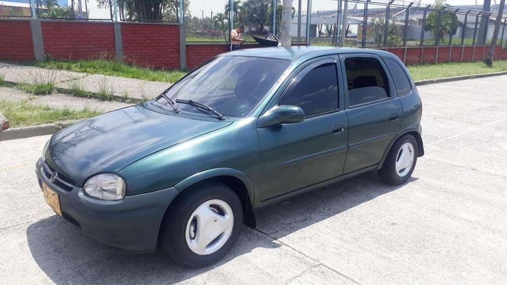 Chevrolet Corsa 4 Ptas. 1997 - 188000 km