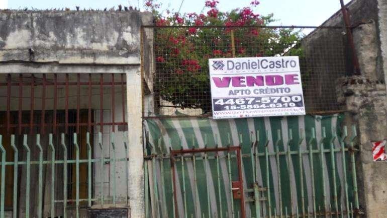 Casa en Isidro Casanova - APTO CREDITO- Posee dpto a terminar atras