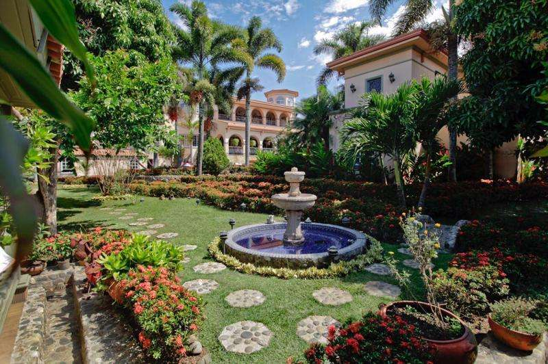 Casa En Venta En Cali <strong>ciudad</strong> Jardín Cod. VBSBI10942