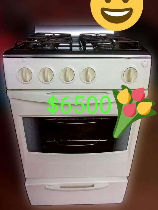 Cocina con Acero Inox Arriba
