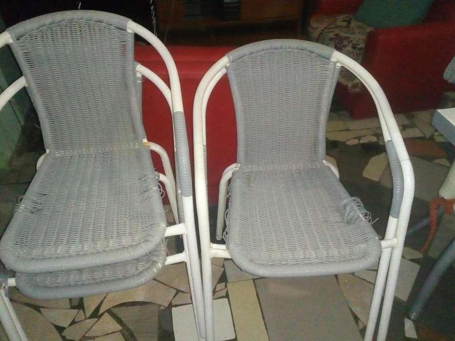 4 <strong>silla</strong>s Jardín a Retapizar