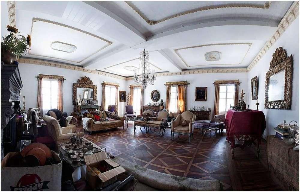 Casa Colonial en venta La Colon