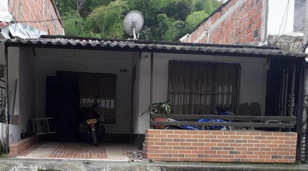 Mercedes Del Norte Arrendo Casa