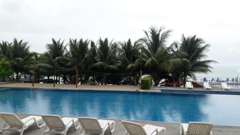 Resort Playa Azul Tonsupa