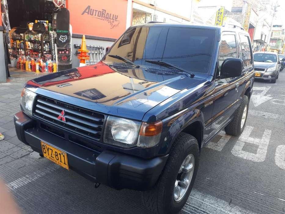 Mitsubishi Montero 2007 - 143000 km