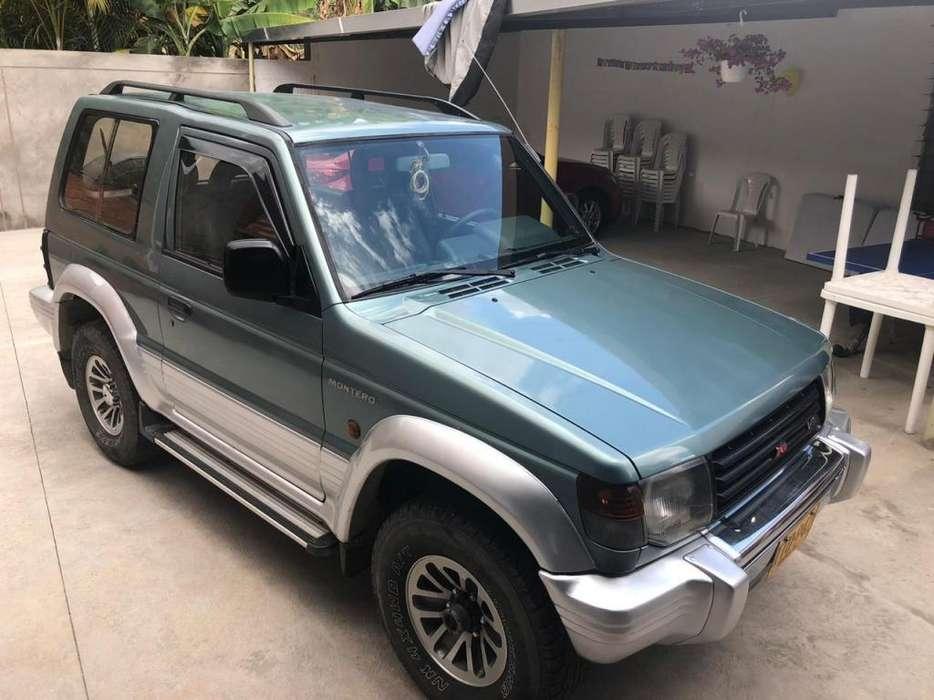 Mitsubishi Montero 1994 - 190000 km