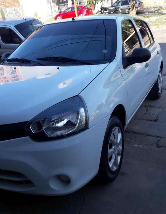 Renault Clio Mío 2013 - 113000 km