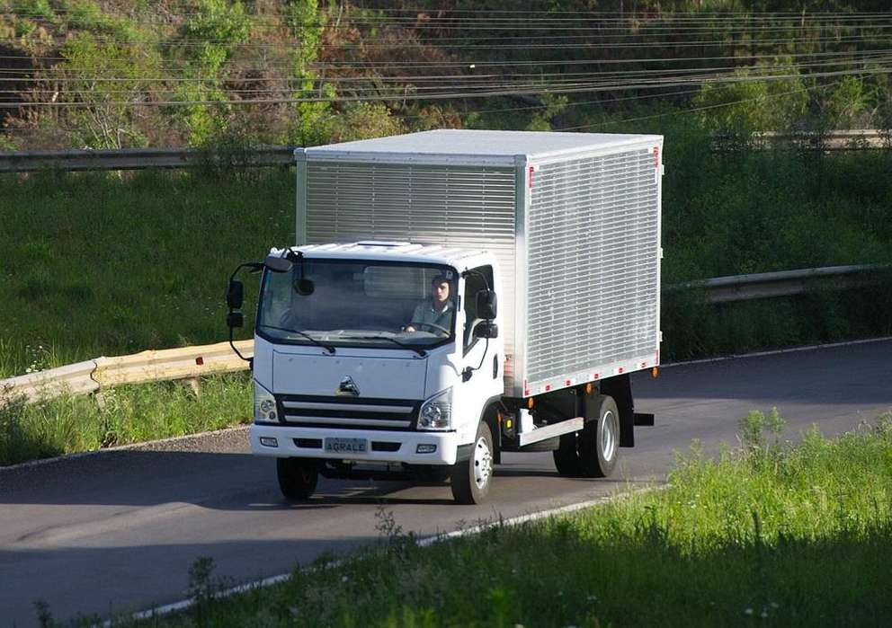 CAMION AGRALE A10000