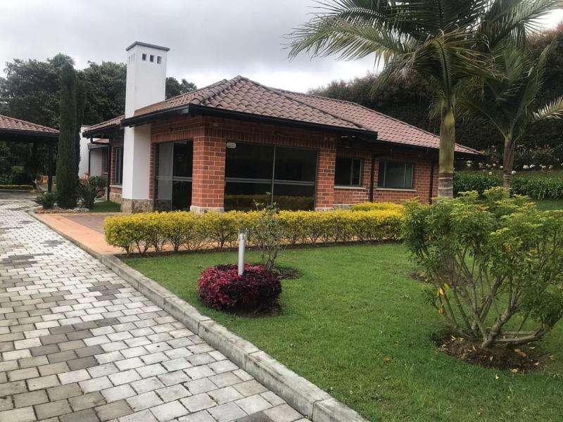 Casa Campestre En Venta En Envigado Loma Escobero Cod. VBBER1079