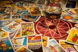 Clases Y Consultas de Tarot