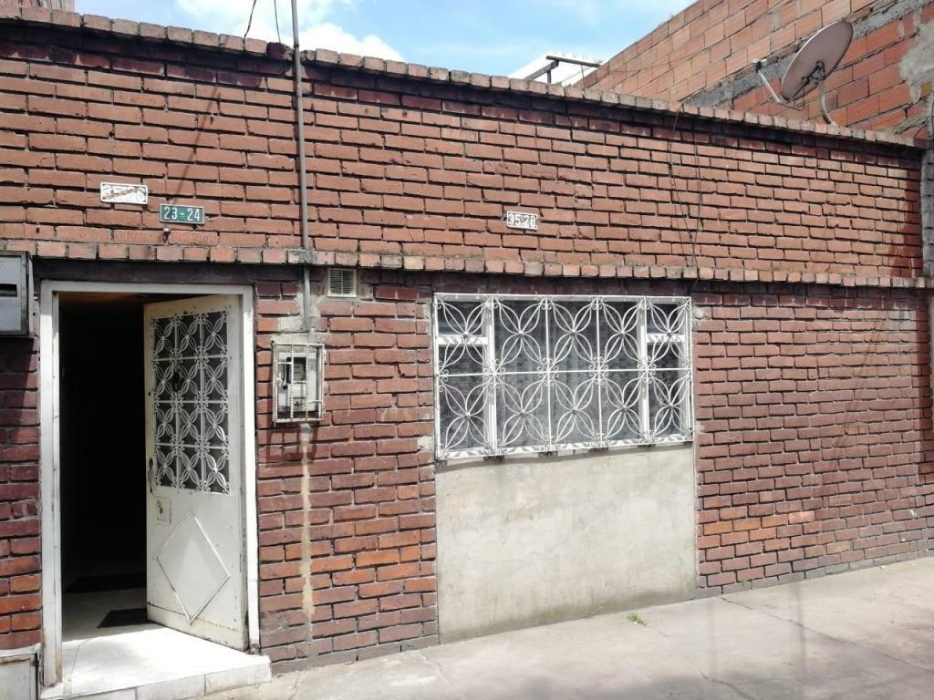 Casa A Remodelar En Fontibon Versalles Bogota