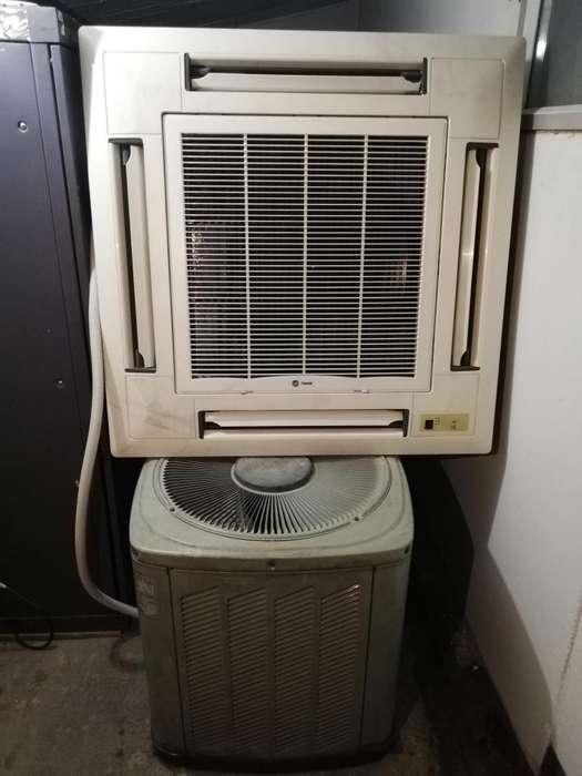 Aire Acondicionado con Condensadora