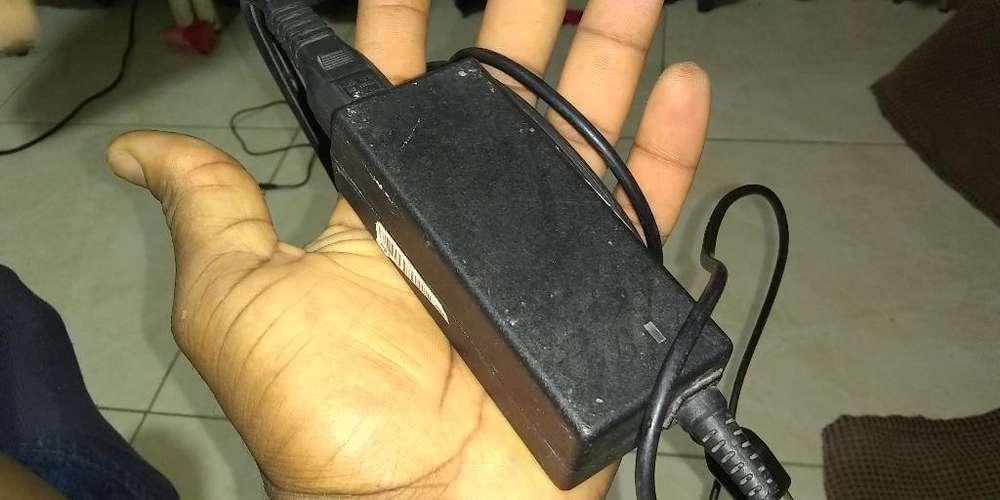 Cargador de Laptop Acer O Hp