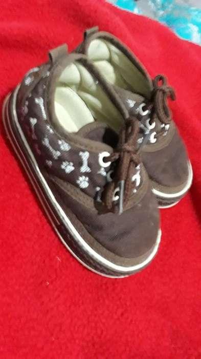 Zapatos para Niño en Perfecto Estado