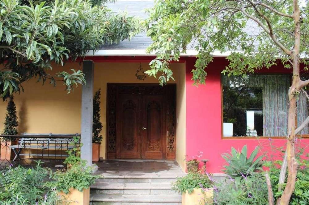casa en venta Cumbayá, en Jardines del Este I