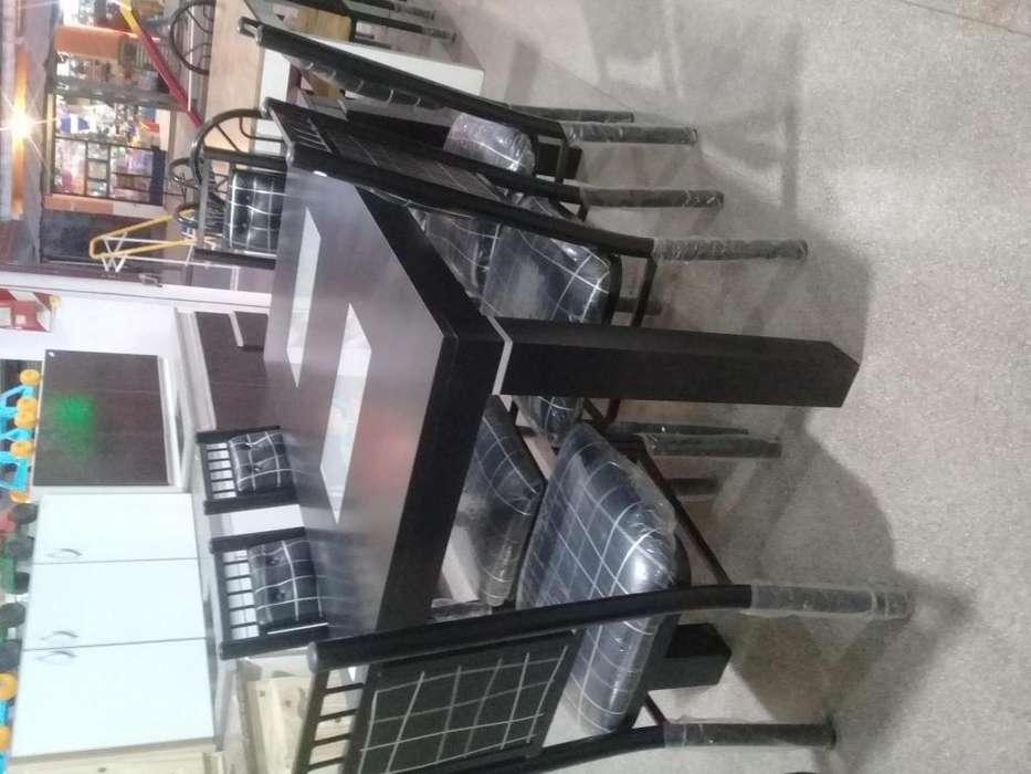 Juegos de mesas y <strong>silla</strong>s