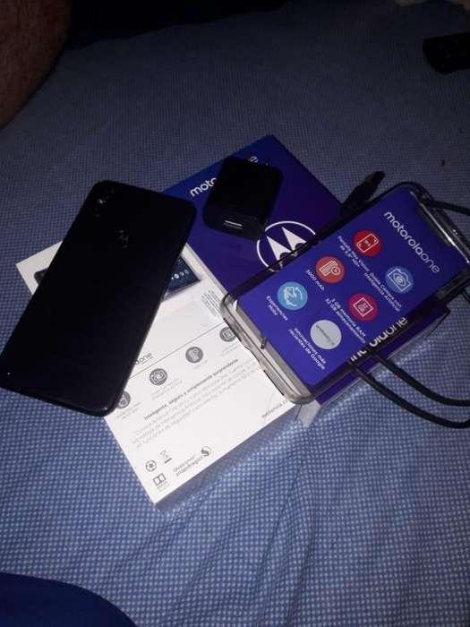 <strong>celular</strong> Nuevo Moto One 32 G