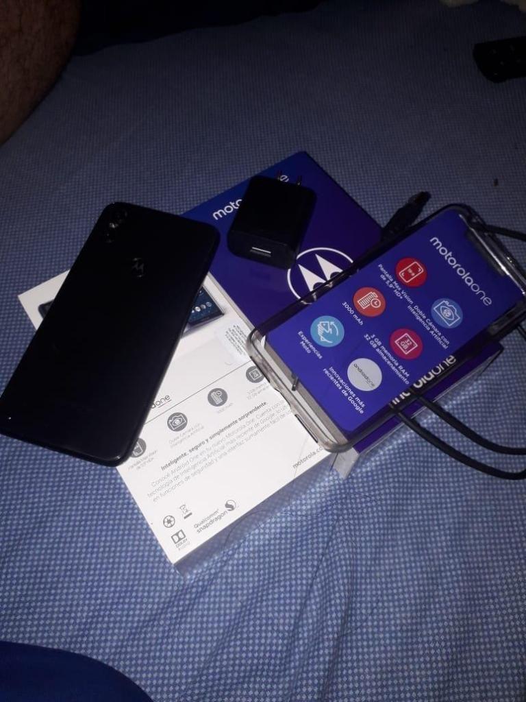 Celular Nuevo Moto One 32 G