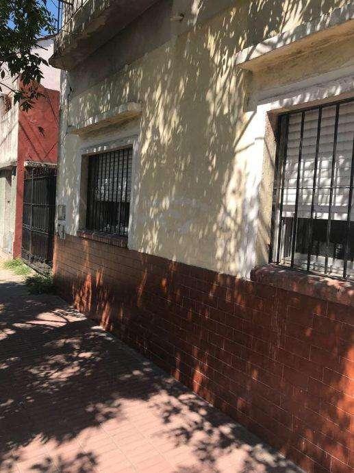 Departamento Tipo Casa en venta en Escalada Oeste