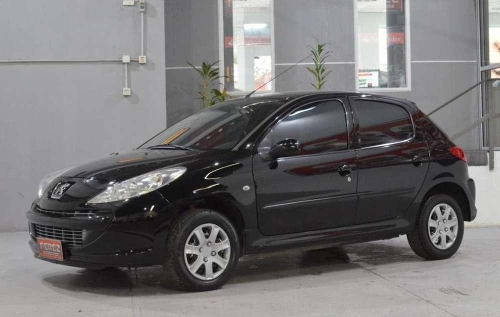 Peugeot 207 Compact 2010 - 127000 km