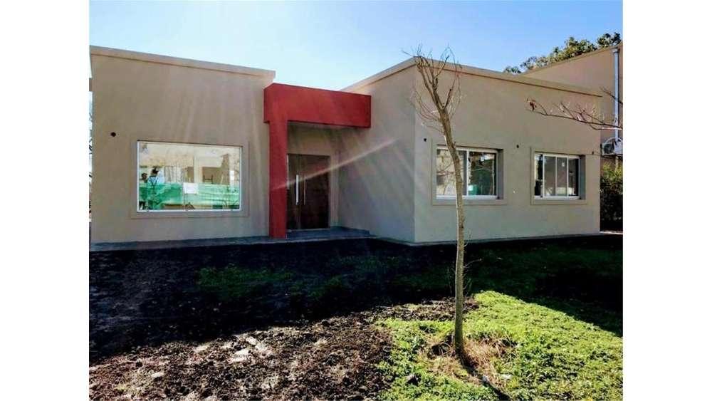 Barrio Santa Guadalupe, Pilar Del Este Lote / N 0 - UD 175.000 - Casa en Venta