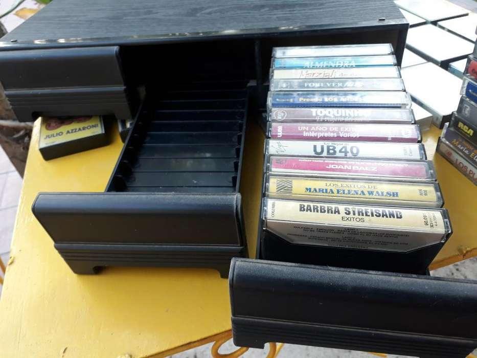 Porta Cassettes