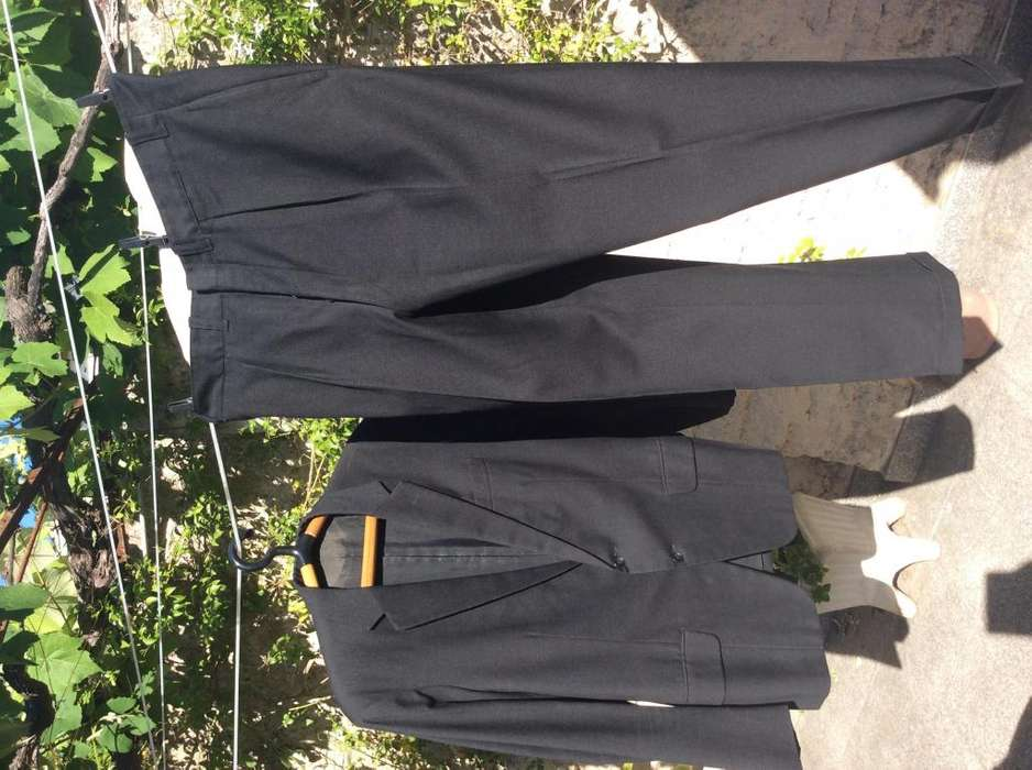 <strong>traje</strong> ambo