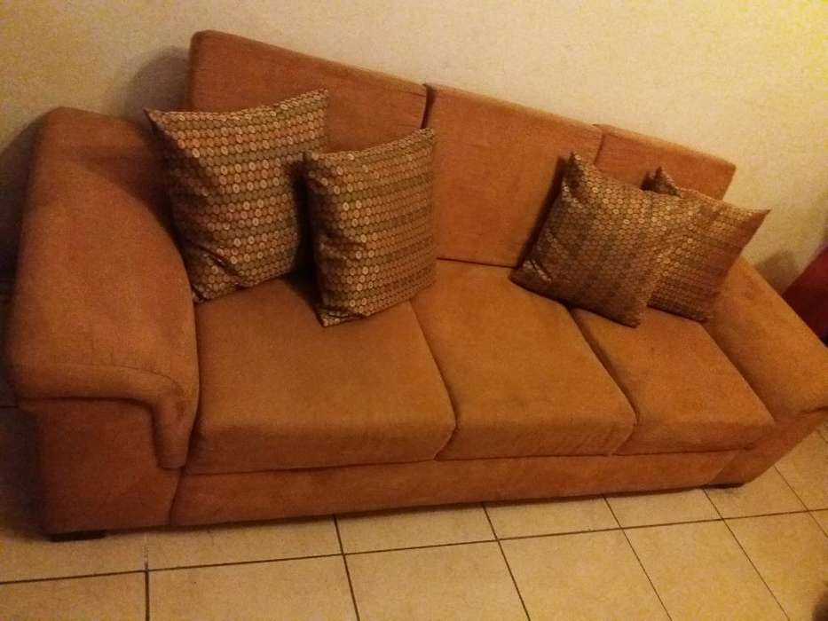 Mueble <strong>sofa</strong> Cuencano