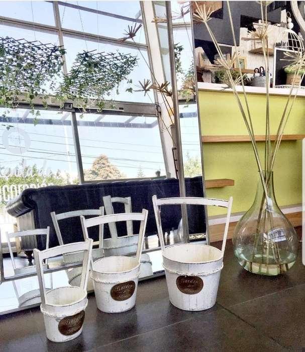 Set Jardineras X3 Blancas en Madera