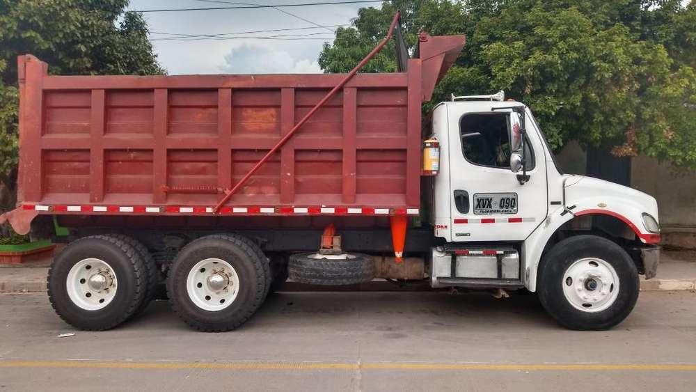 Volqueta Freightliner M2 106