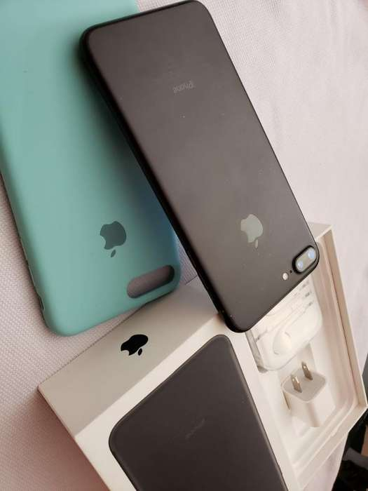 iPhone 7 Plus 32 Gb en Caja con Todo