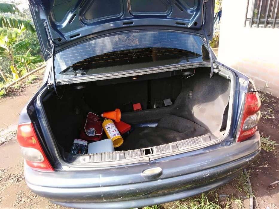 Chevrolet Corsa 4 Ptas. 2004 - 1900000 km