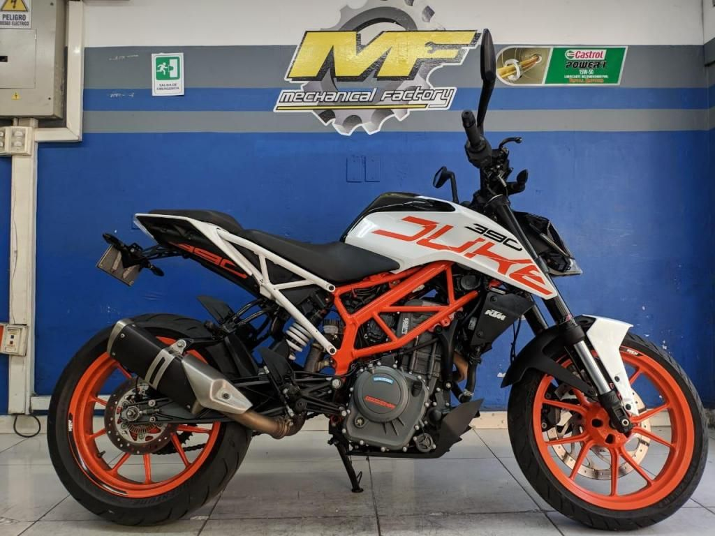KTM DUKE 390 MODELO 2018 PERFECTO ESTADO COMO NUEVA