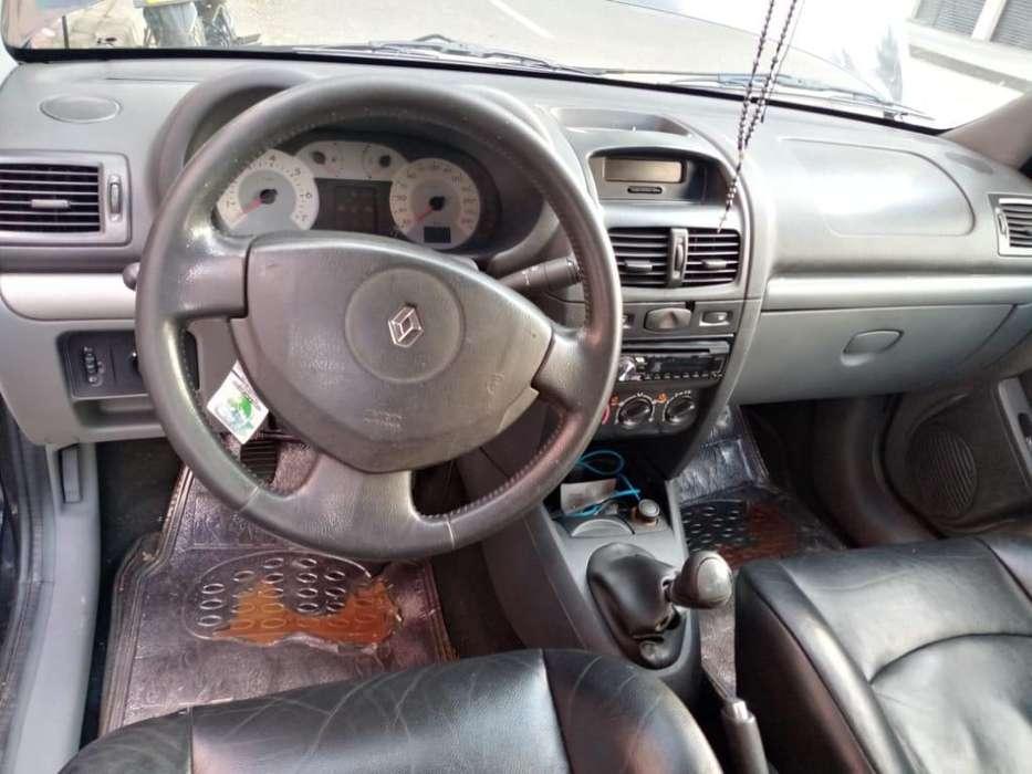Renault Clio  2009 - 13839 km