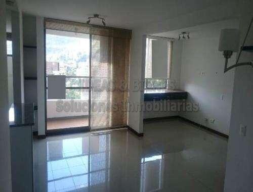 Apartamento En Arriendo Envigado Alto de Las Flores: Código 687687