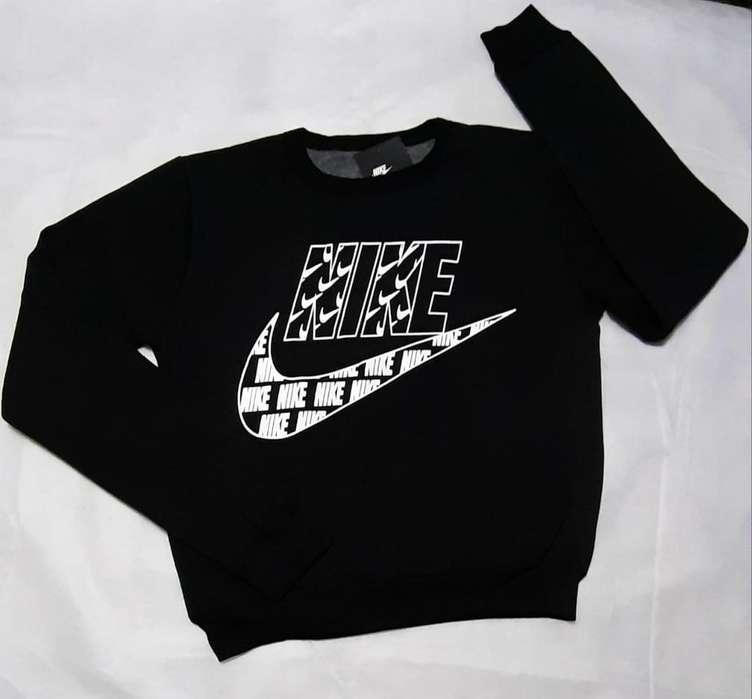 Buzo Nike Talle S