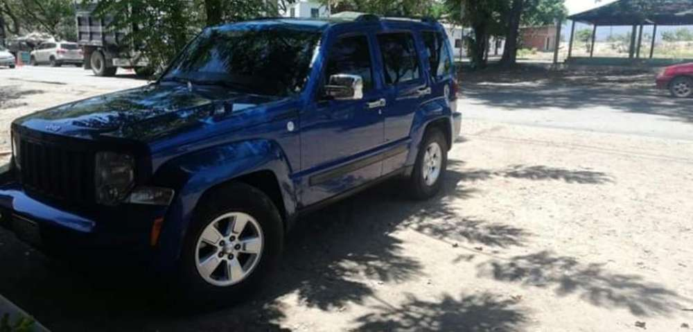 <strong>jeep</strong> Liberty 2011 - 115000 km
