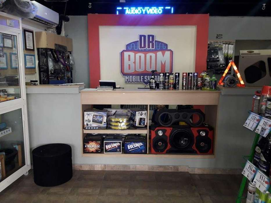 LOCAL COMERCIAL DE CAR AUDIO