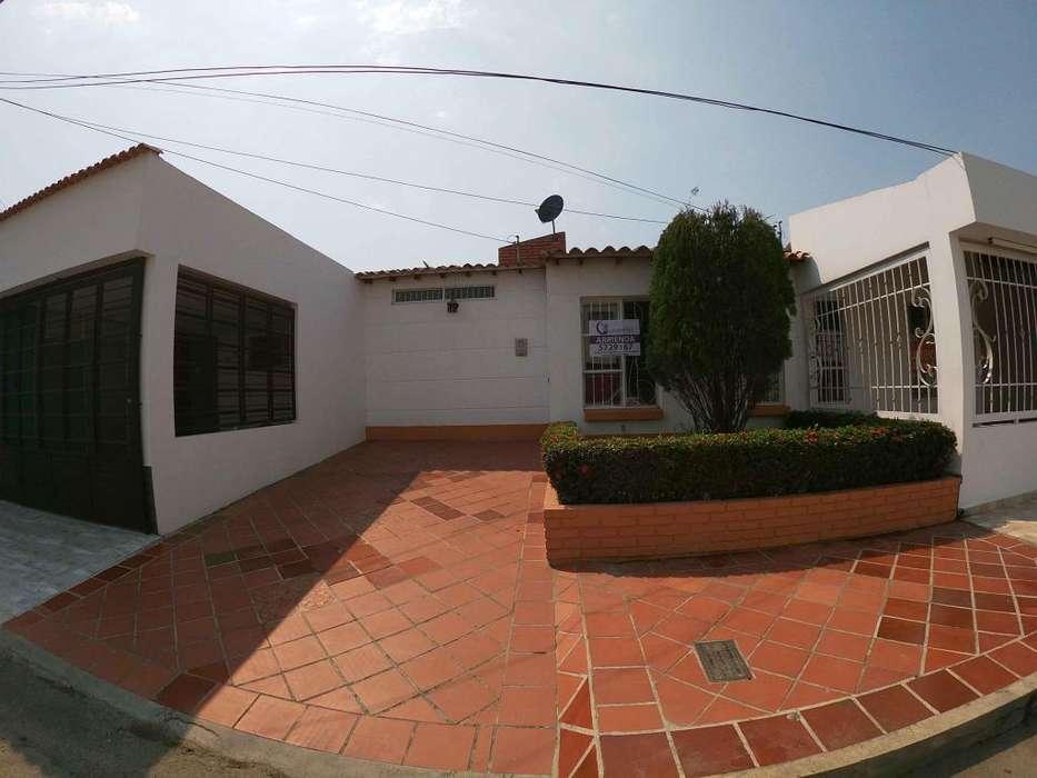 Se Arrienda <strong>casa</strong> en Villas del Escobal, Código: 864