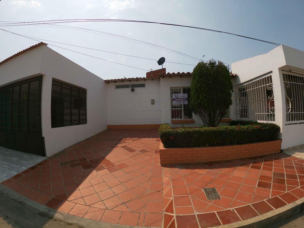 Se Arrienda Casa en Villas del Escobal, Código: 864